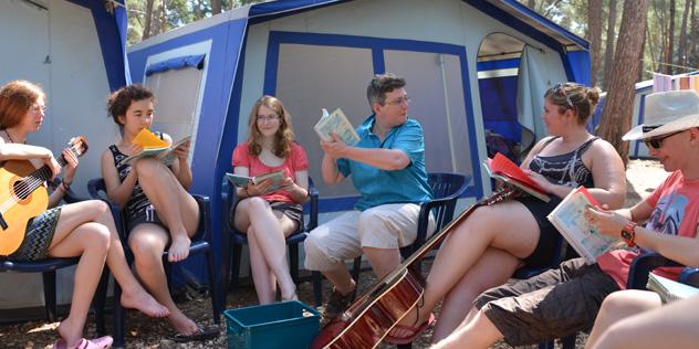 Jugendliche auf Campingplatz,© Lisa Abt, EJ Ansbach